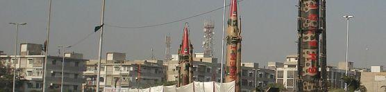 નુક્લીયર  પાકીસ્તાન -કંગાળ પાકિસ્તાન
