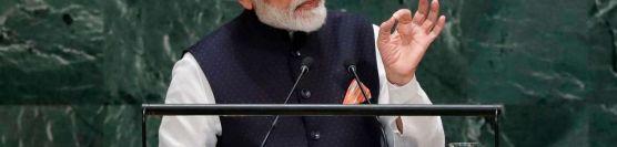 PM મોદી વૈશ્વિક નેતા ને   ઈમરાન વામણા સાબિત થયા